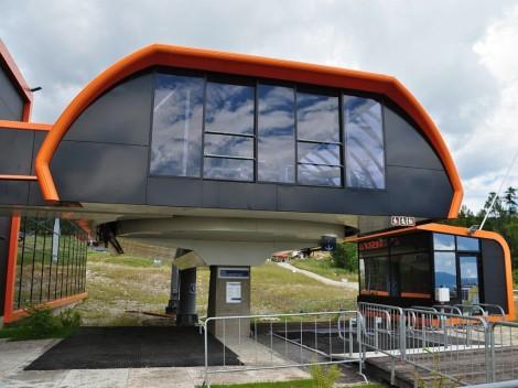 Detail dolní stanice lanovky v Tatranské Lomnici
